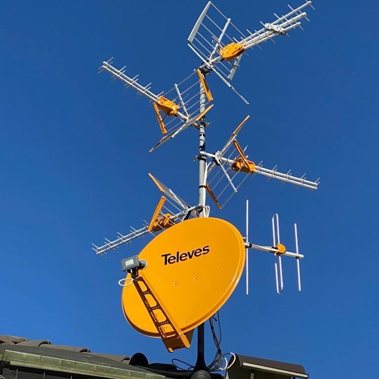Televes profesionalni antenski DVB-T2 HEVC/SAT sustavi komplet sa ugradnjom za hotele, zgrade, kuće